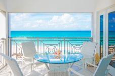 Residence in Seven Mile Beach - Regal Beach Club #624