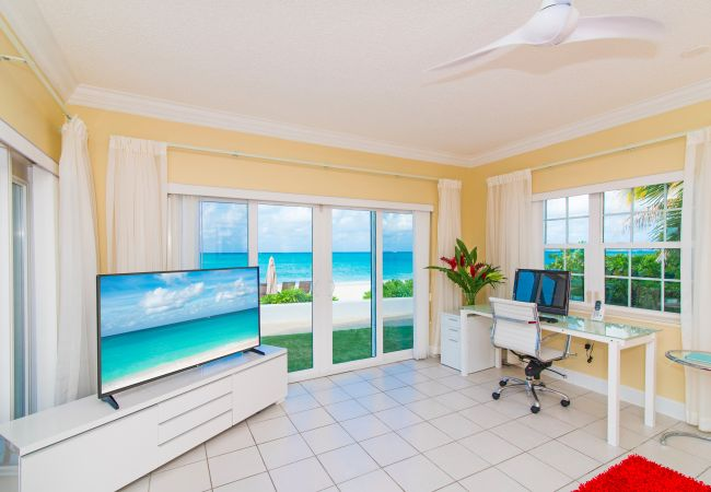 Residence in Seven Mile Beach - Regal Beach Club #614