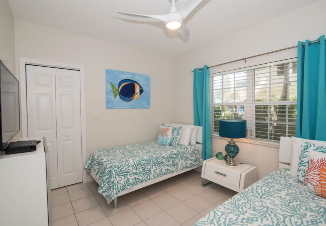 Condominium in Seven Mile Beach - Regal Beach Club #614