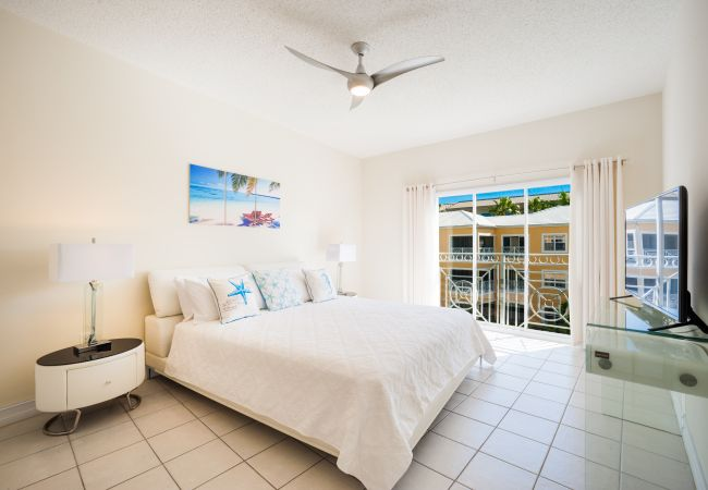 Residence in Seven Mile Beach - Regal Beach Club #633
