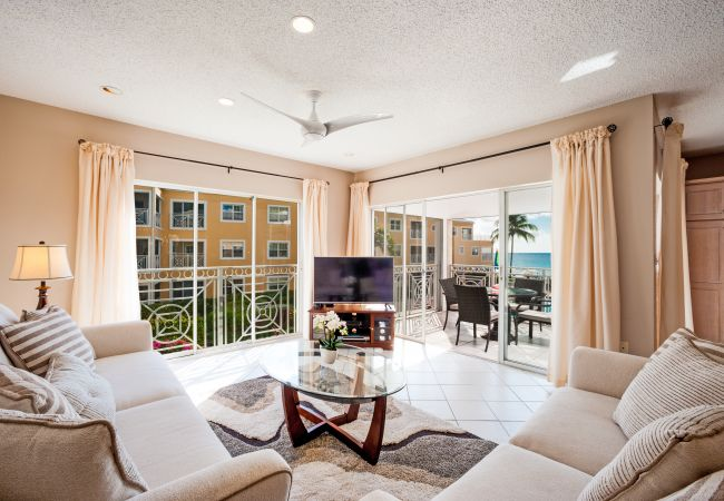 Residence in Seven Mile Beach - Regal Beach Club #622
