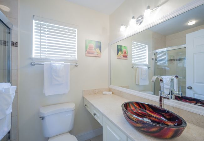 Condominium in Seven Mile Beach - Regal Beach Club #134