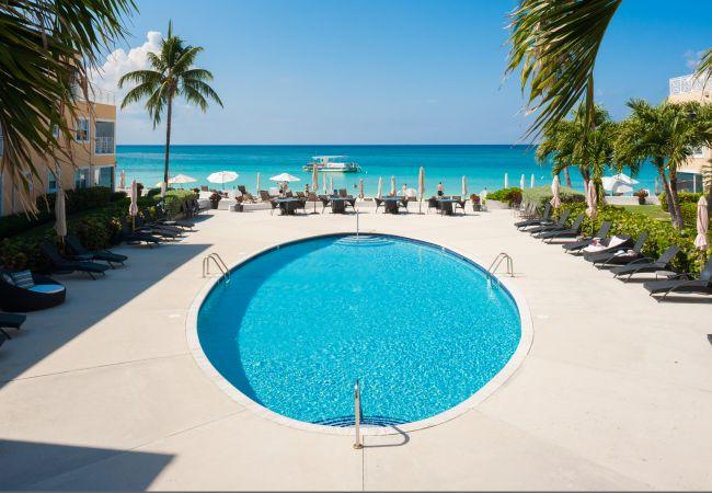 Villa in Seven Mile Beach - Regal Beach Club #212