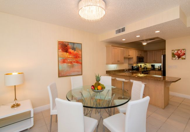Condominium in Seven Mile Beach - Regal Beach Club #213