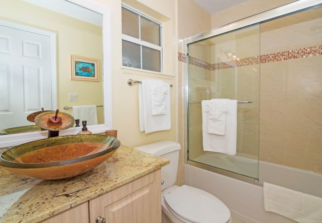 Condominium in Seven Mile Beach - Regal Beach Club #224