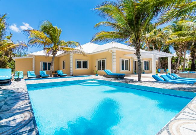 Sprat Bay Luxury Villa